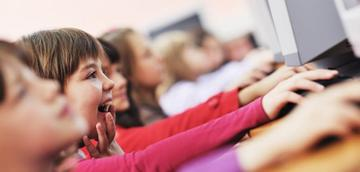 learning and understanding for deaf children in uk education
