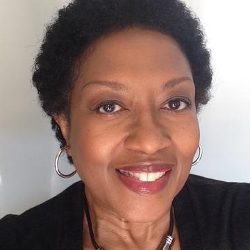 Profile photograph of Tracey Denton-Calabrese