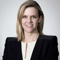 Professor Jenn Dowd